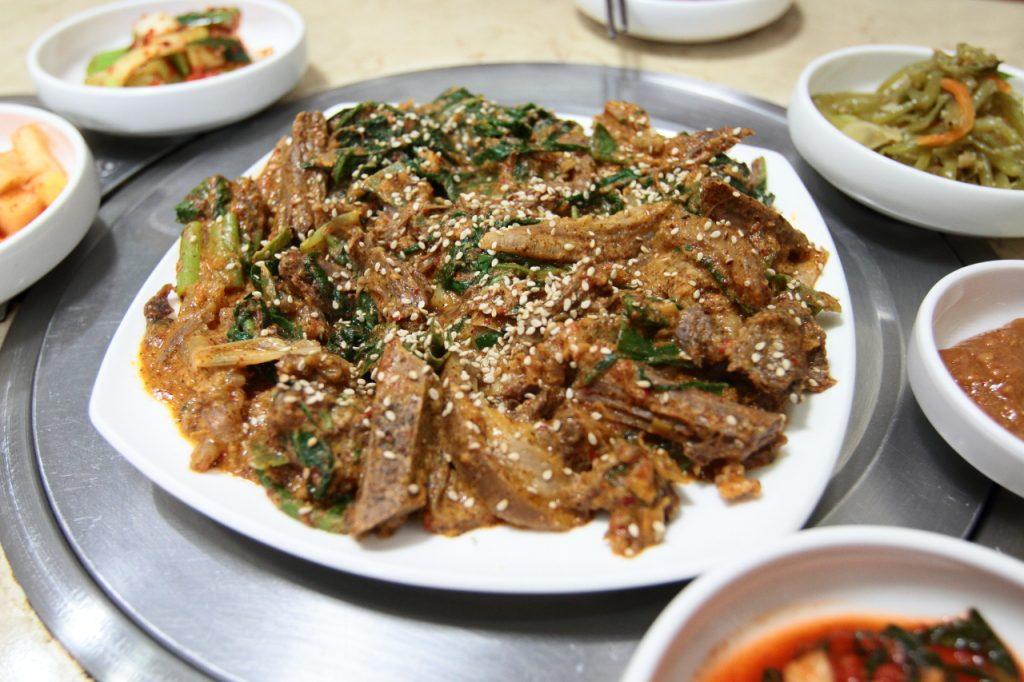 개고기 무침韓国料理